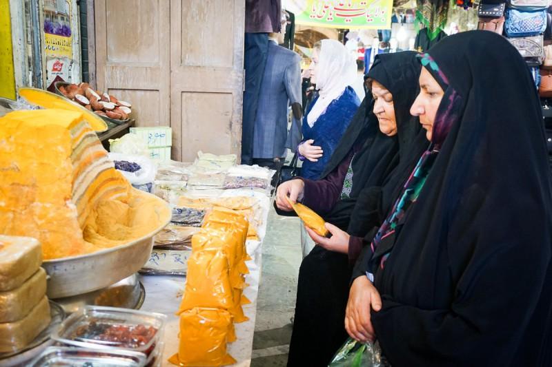 Iran - Isfahan - Naqsh-e Jahan - Bazar-e Bosorg