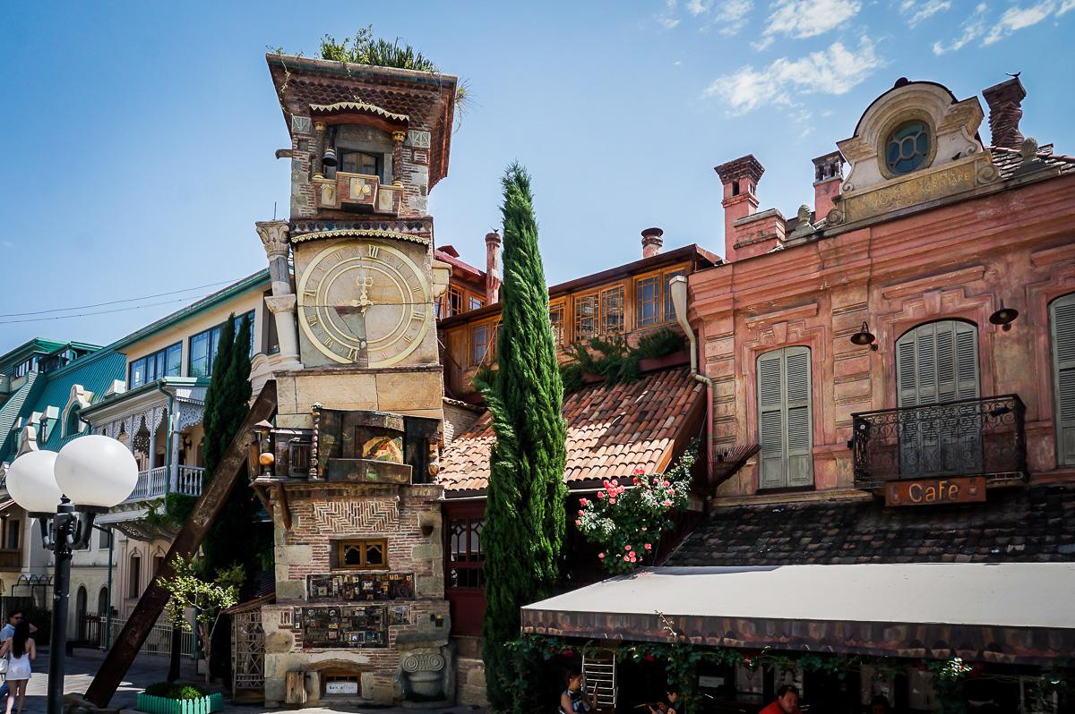 Klocktornet vid Gabriadze-teatern i Tbilisi