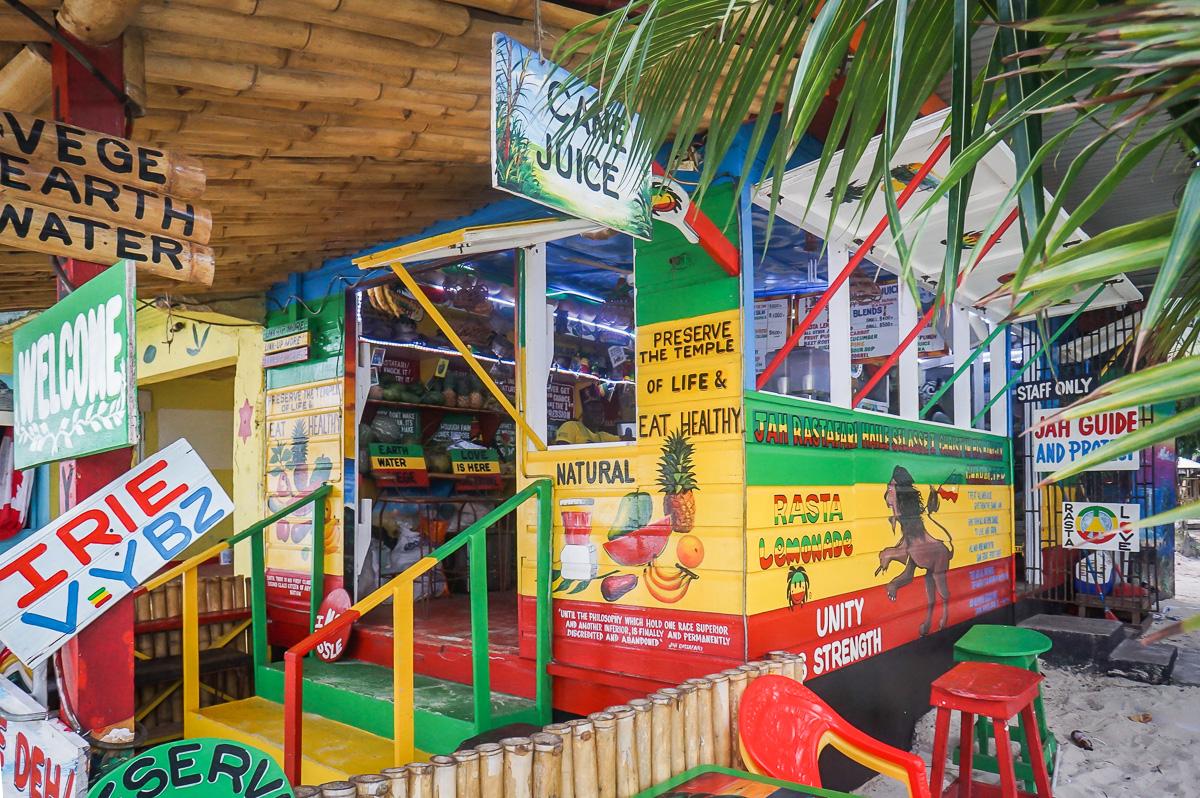 På Jamaica, självklart! Seven Mile Beach.