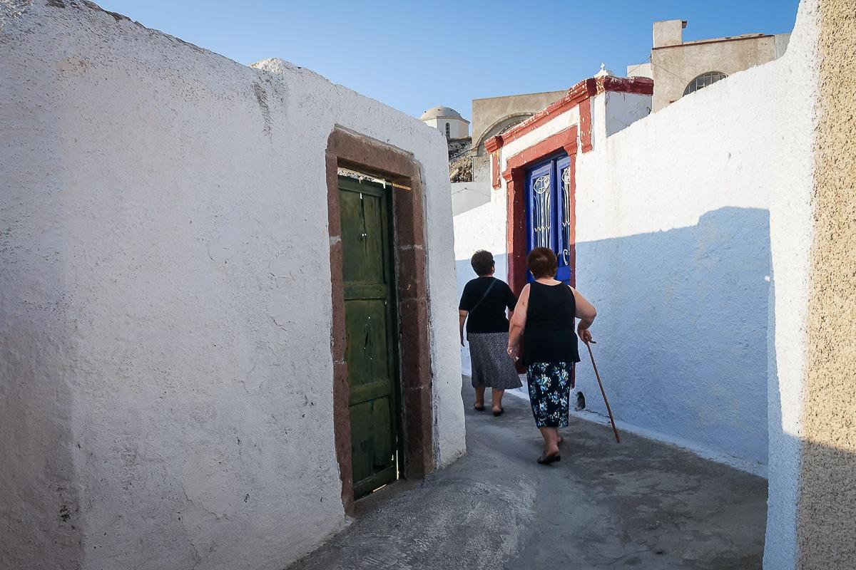 grekland-santorini-pyrgos