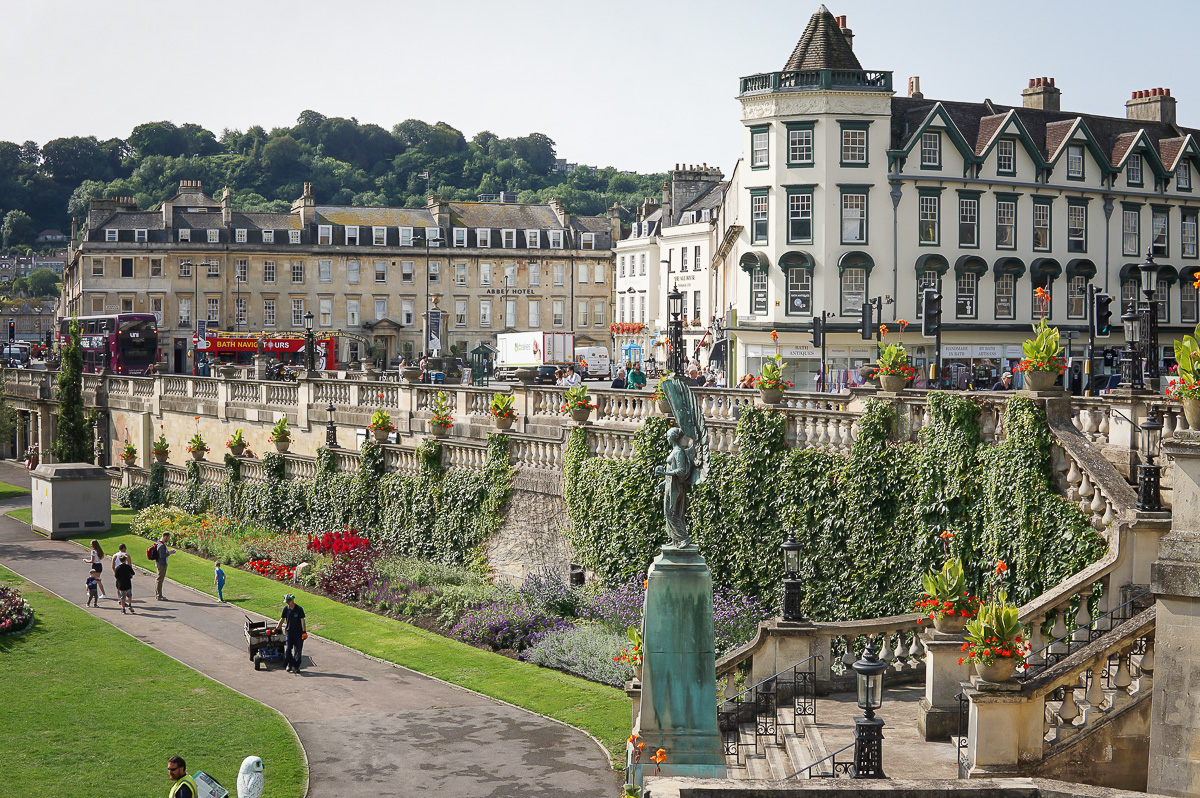 uk-england-bath-parade-garden