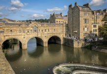 uk-england-bath-pulteney-bridge