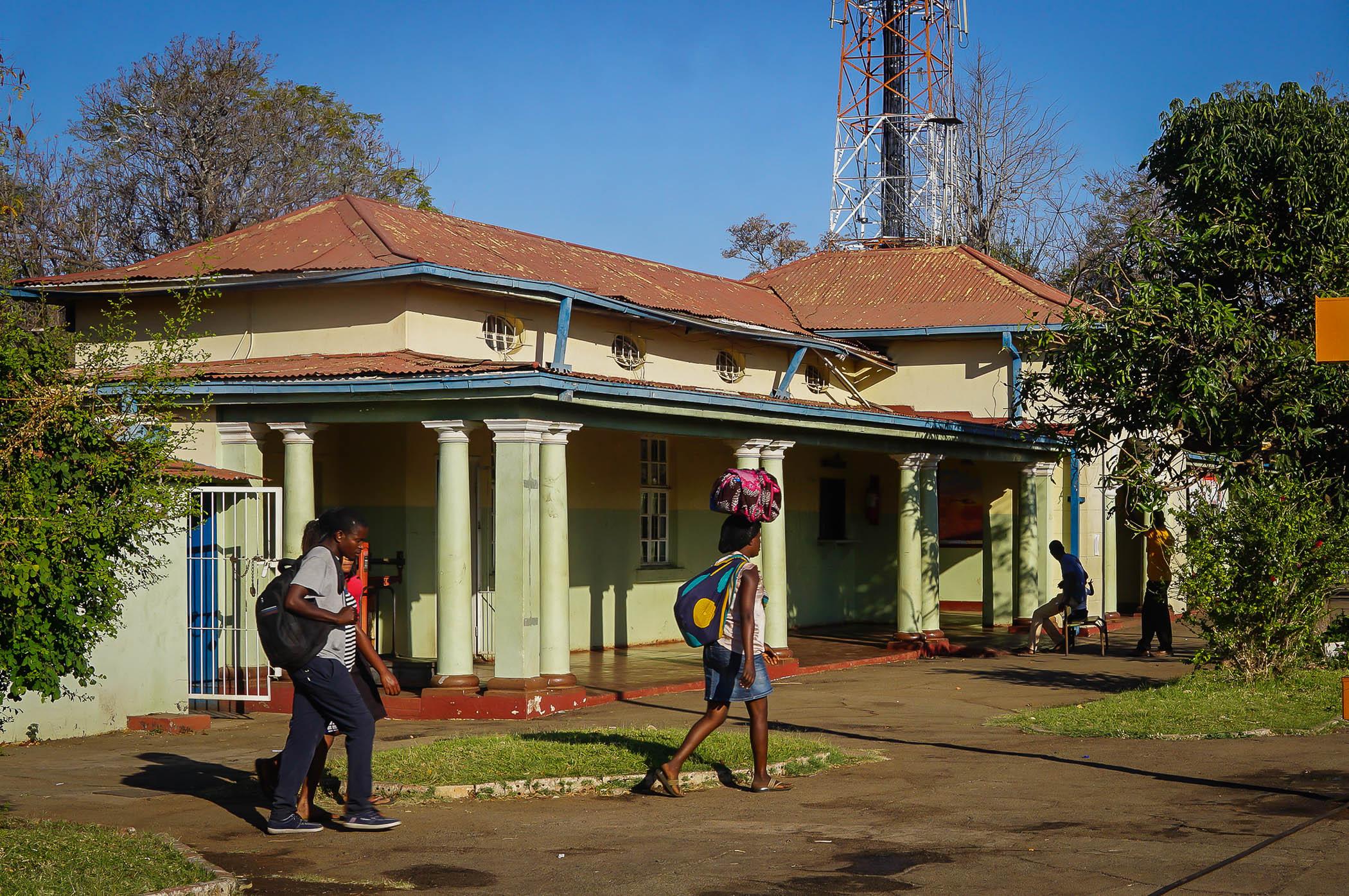 afrika victoria falls zimbabwe tågstationen
